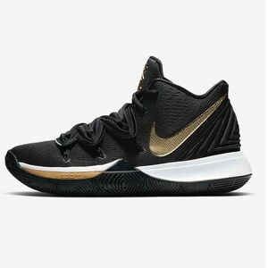 Nike Kyrie 5's (Youth Size 7)